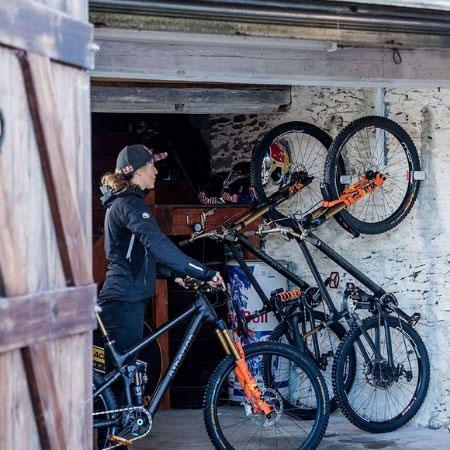 Hornit-Clug-gancho-de-bici-para-pared